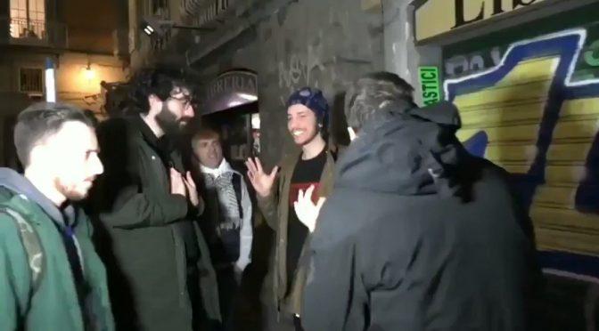 """Sardine contestano Santori: """"Stai con chi affama l'Italia"""" – VIDEO"""