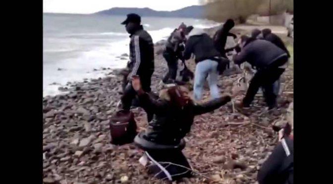Immigrati pagano 5mila euro per tornare in Africa a bordo di barconi: fuga dal Coronavirus