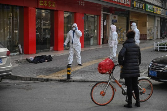 """Coronavirus, Burioni: """"Situazione molto grave in Cina"""" – VIDEO"""