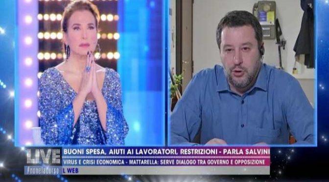"""Prete bergamasco benedice Salvini: """"Ha pregato per i nostri morti"""""""