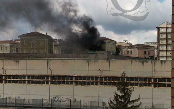 Rivolta carceri non si ferma: stamani in fiamme penitenziario Campobasso
