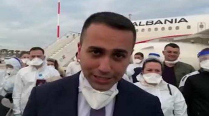 """Indonesia non vuole i suoi cittadini contagiati: """"Restino in Italia"""", piantonati in hotel Roma"""