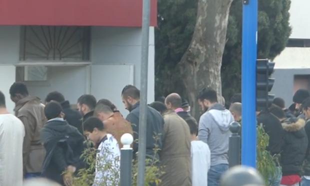 Nizza, imam chiama islamici alla preghiera nonostante quarantena – VIDEO