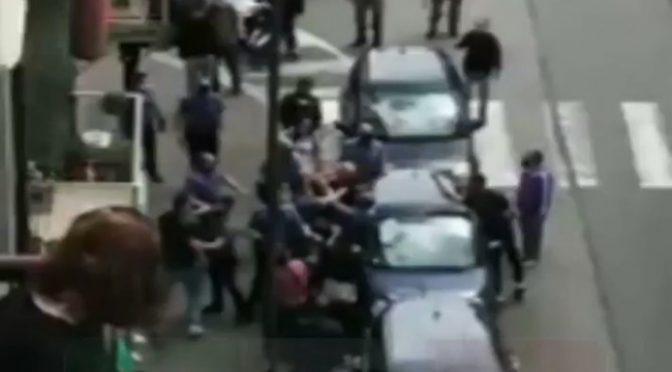 """Torino, massacra di botte italiano e poi deride i poliziotti: """"Ora tocca a voi"""""""