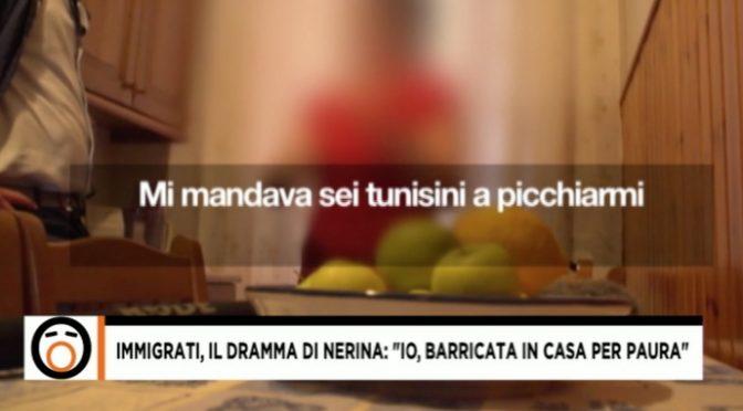 """L'ultima italiana nel condominio degli immigrati: """"Vivo barricata in casa"""" – VIDEO"""