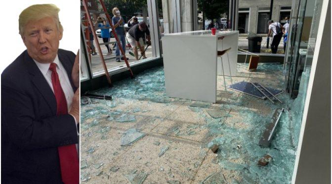 Mentre registra video pro-teppisti, loro gli distruggono finestre