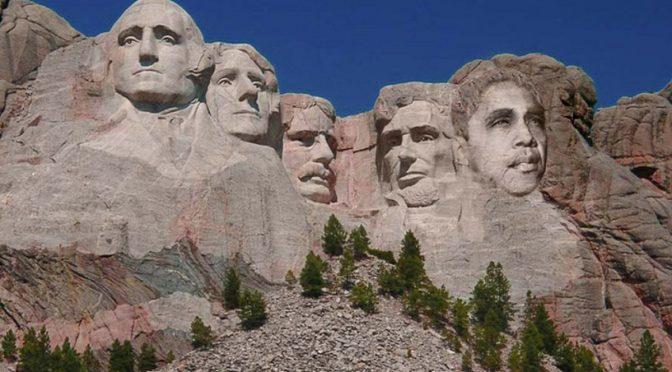 Repubblica 'scolpisce' Obama sul monte Rushmore: foto bufala