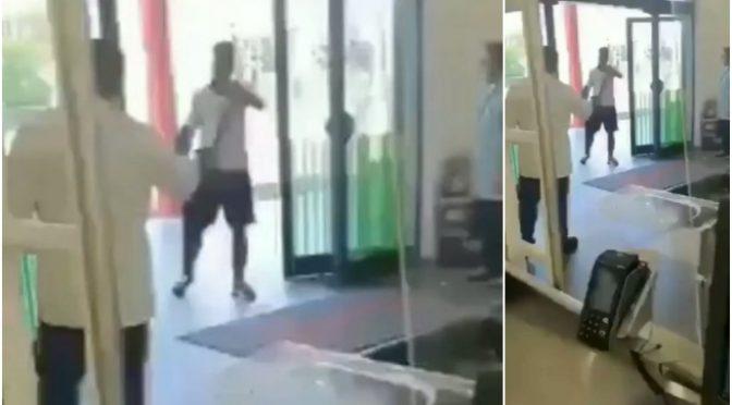 Clandestino armato di bastone irrompe al supermercato e aggredisce clienti – VIDEO