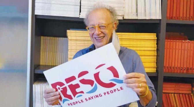 Soros finanzia l'ong delle toghe rosse per traghettare clandestini in Italia