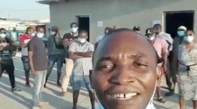 Leader africano fonda il partito dei clandestini: 'Lega dei braccianti':