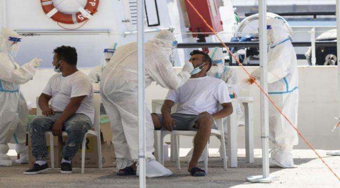 Quasi 11mila contagiati in 24 ore, migliaia ricoverati: 705 in terapia intensiva