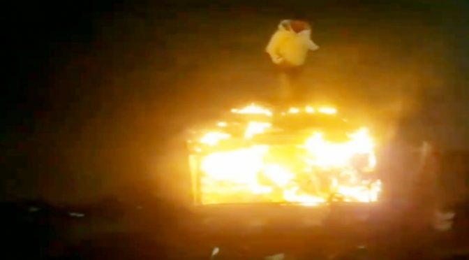 Figlio immigrati incendia stazione a Reggio: mezzi distrutti, sono un'emergenza nazionale