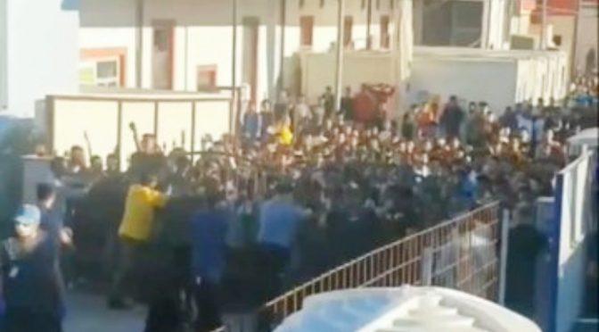 E' assalto islamico al confine italiano: altri 450 immigrati superano la frontiera