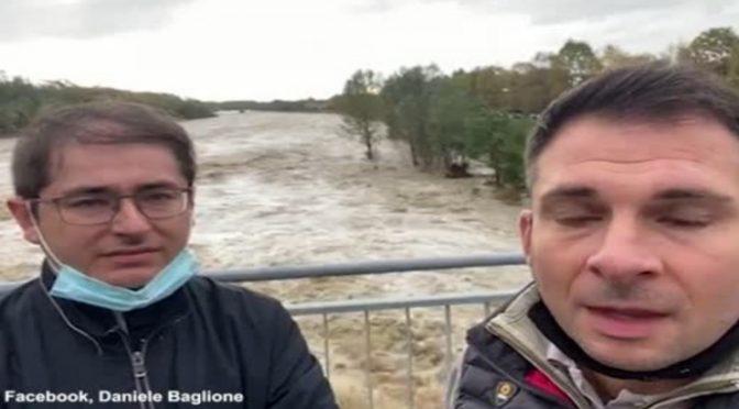 Ponte crolla poche ore dopo la riapertura: morti e dispersi in Piemonte – VIDEO