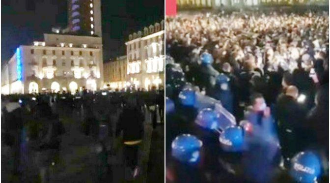 """L'Italia è in rivolta, protesta dilaga ovunque al grido """"libertà, libertà"""" – VIDEO"""