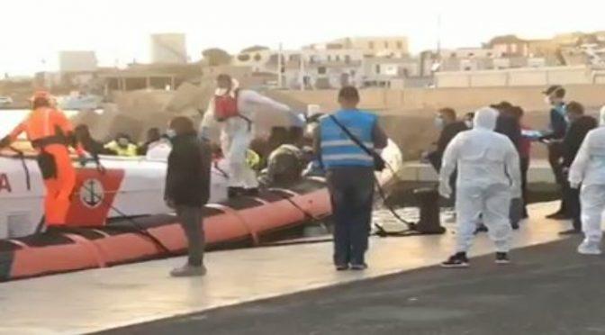 Conte va a prendersi 100 clandestini in acque maltesi:  TOLLERANZA ZERO SOLO CON GLI ITALIANI