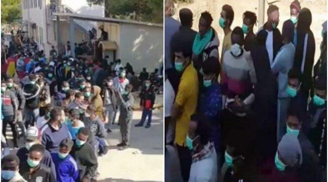 LAMPEDUSA SCOPPIA DI CLANDESTINI: INVASORI ISLAMICI ACCAMPATI OVUNQUE – VIDEO