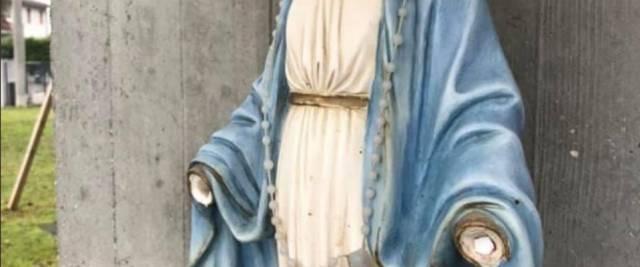 Scatenati: mozzano le mani ad un'altra Madonnina