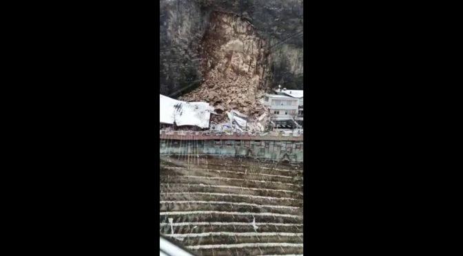 Frana su hotel Bolzano: distrutto – VIDEO