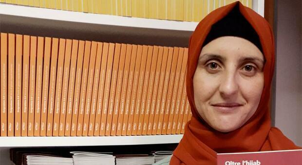 Candidata islamica del PD denuncia tutti: «Non mi hanno assunta perché ho il velo»
