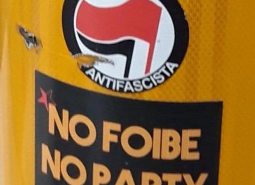 Manifesti inneggiano alle Foibe a Genova: non è odio razziale? – FOTO