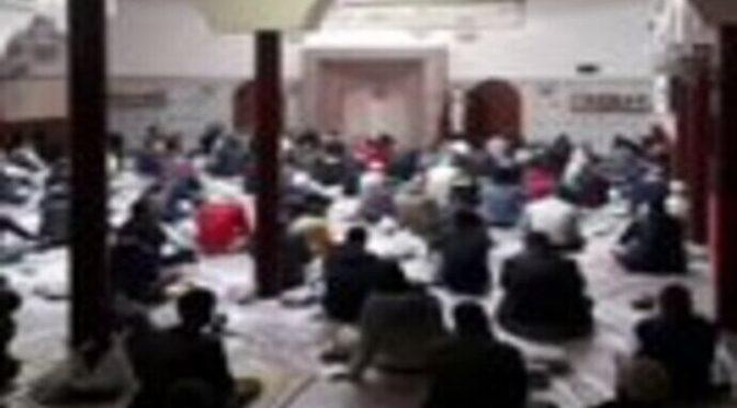 Moschea a Piacenza con il benestare dell'assessore di Fratelli d'Italia , il vescovo esulta: Salvini furioso