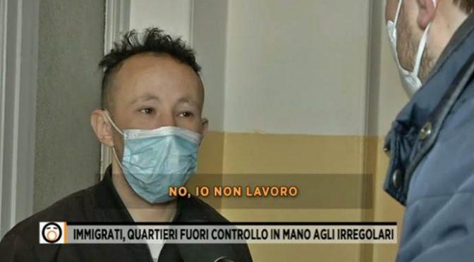 """Migrante: """"Non sono venuto in Italia a lavorare"""" – VIDEO"""