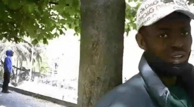 Migranti: spacciano per pagarvi le pensioni – VIDEO