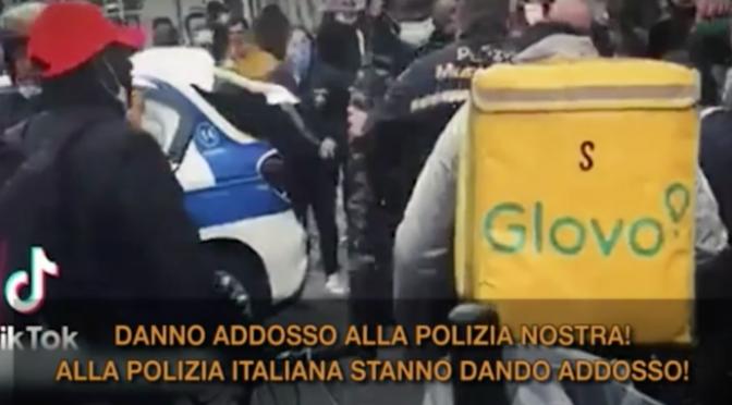 """Immigrati assaltano poliziotte, comandano loro: """"Sono troppi"""" – VIDEO"""