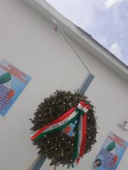 Rubata la bandiera dell'associazione nazionale vittime delle marocchinate