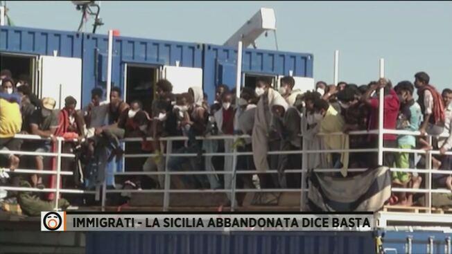 Sicilia invasa dai migranti: più tasse per mantenerli – VIDEO
