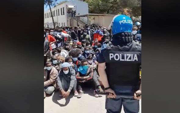 Continuano a sbarcare delinquenti a Lampedusa