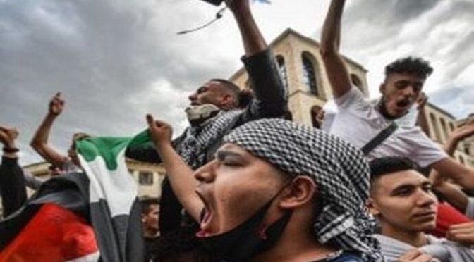 Assembramenti islamici per la fine del Ramadan: proteste dei cittadini
