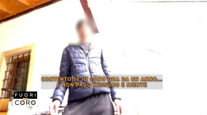 """Migranti mantenuti dagli italiani: """"Noi non paghiamo nulla, siamo contenti"""" – VIDEO"""