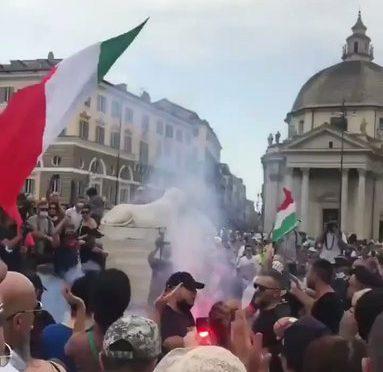 AVVISO DI SFRATTO A DRAGHI DA TUTTE LE PIAZZE ITALIANE – VIDEO