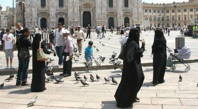 Afghanistan: i talebani sono già a Milano – FOTO