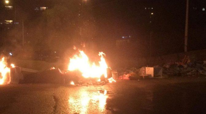 """Cittadini respingono 150 clandestini col fuoco, Pd: """"Accoglienza è un fatto strutturale"""""""
