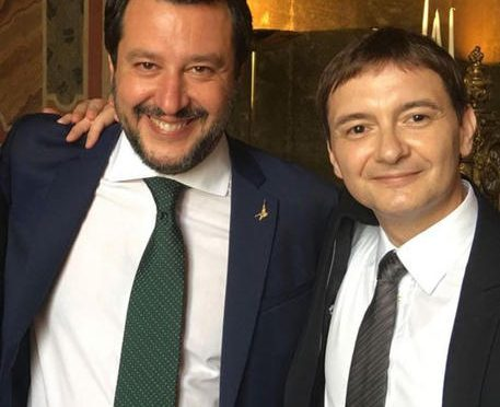 """Salvini posta foto con Morisi: """"Su di me potrai contare sempre"""""""