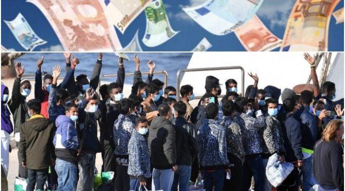 Lo sbarco dei 1.000 scrocconi a Lampedusa: 34 barchini in 24 ore