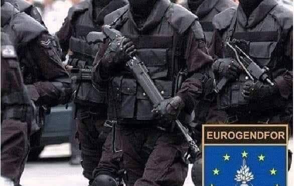 """L'Europa dell'Est si rivolta alla UE: """"Neanche i comunisti ci hanno fregato"""""""