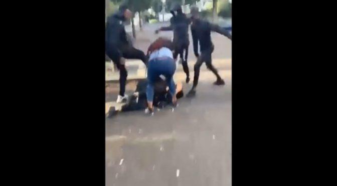 """Gay massacrato di botte da migranti: """"Sei un frocio"""" – VIDEO"""
