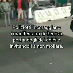 """GENOVA, POLIZIOTTI SI UNISCONO A PROTESTA: """"TENETE DURO"""""""