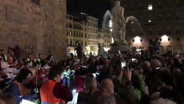 Firenze: la piazza piena invoca Trieste sull'Inno di Mameli, l'Italia s'è desta contro Draghi – VIDEO