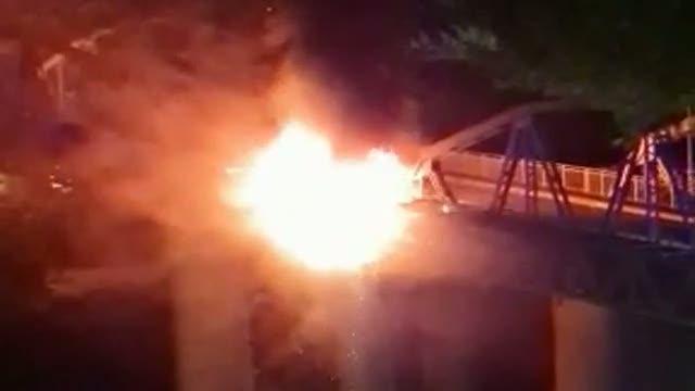 Ponte di Ferro, informativa Carabinieri conferma: sono stati immigrati, incendio partito da fornelletto